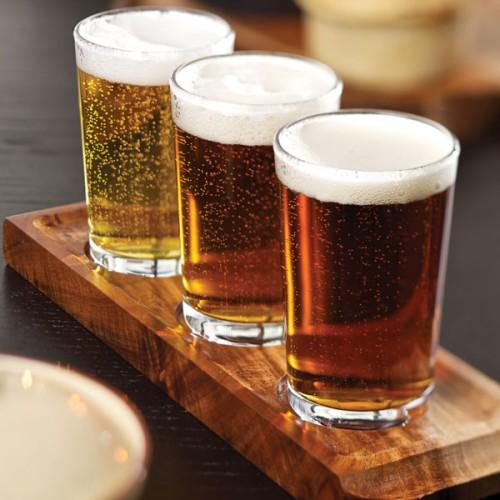 Ξύλινη Σανίδα Σερβιρίσματος για Ποτήρια Μπύρας και Κρασιού από Ξύλο Ακακίας 30 x 25 εκ. διπλής όψης ( Δίσκοι Σερβιρίσματος )